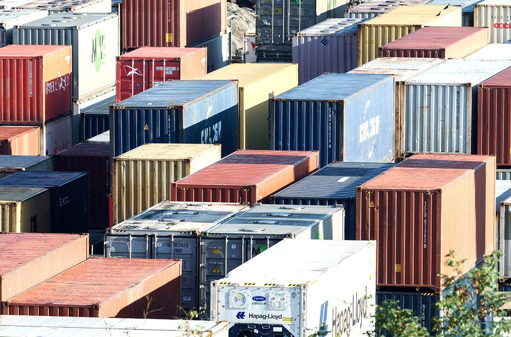 2017--Steigerungslauf-und-Containerrekord-News---Schweizerische-Rheinhaefen-Port-of-Switzerland.ch